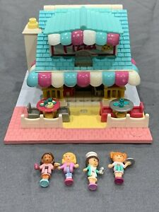 Bluebird-Polly-Pocket-1993-Pizzeria-Play-Set-Pizza-Playset-COMPLETE-with-4-Dolls