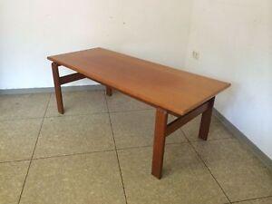 70er-Jahre-Teak-Tisch-Couchtisch-Coffee-Table-Danish-Design-Denmark-Mid-Century