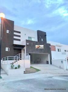 Casa en Venta con recámara en planta baja Canteras $4,950,000