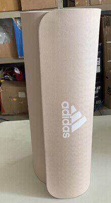 Valiente Más Cubeta  Adidas Universal Antideslizante Ejercicio Fitness esterilla para yoga, 8mm  marcas de cosméticos | eBay