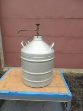 Union Carbide Cryogenics Type Lr 31 Liquid Nitrogen Dewar