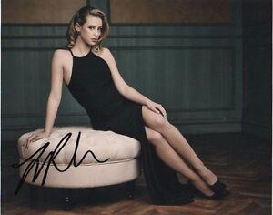Lili-Reinhart-Riverdale-Autographed-Signed-8x10-Photo-COA-J2