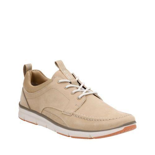 Clarks Men's Orson Bay Sand Nubuck Oxford Casual Shoe 26123624