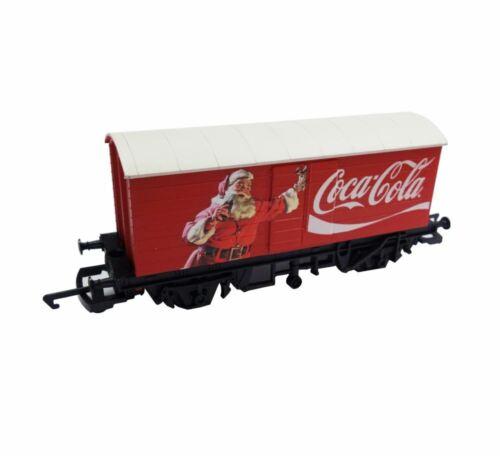 Hornby OO Gauge Coca-Cola Closed Box Van