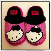 Hello Kitty By Sanrio Size Girls Medium 2/3 Fuzzy Sequins Slippers Cute