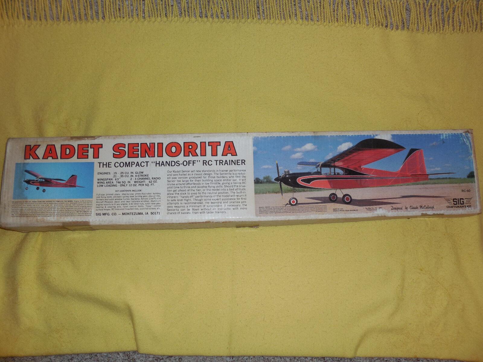 Ein kadett seniorita balsaholz flugzeug - modell