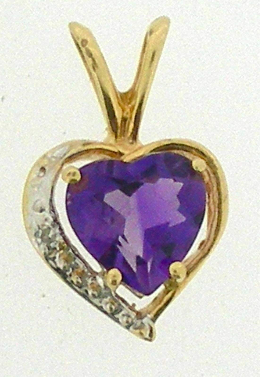 Ladies 14K Yellow gold Amethyst Heart Pendant w Diamond