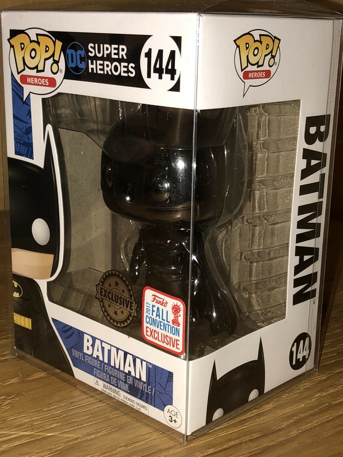Batman Funko Pop (schwarz Chrome  144 Fall Fall Fall Exclusive 2017) With Pop Protector 3e3965