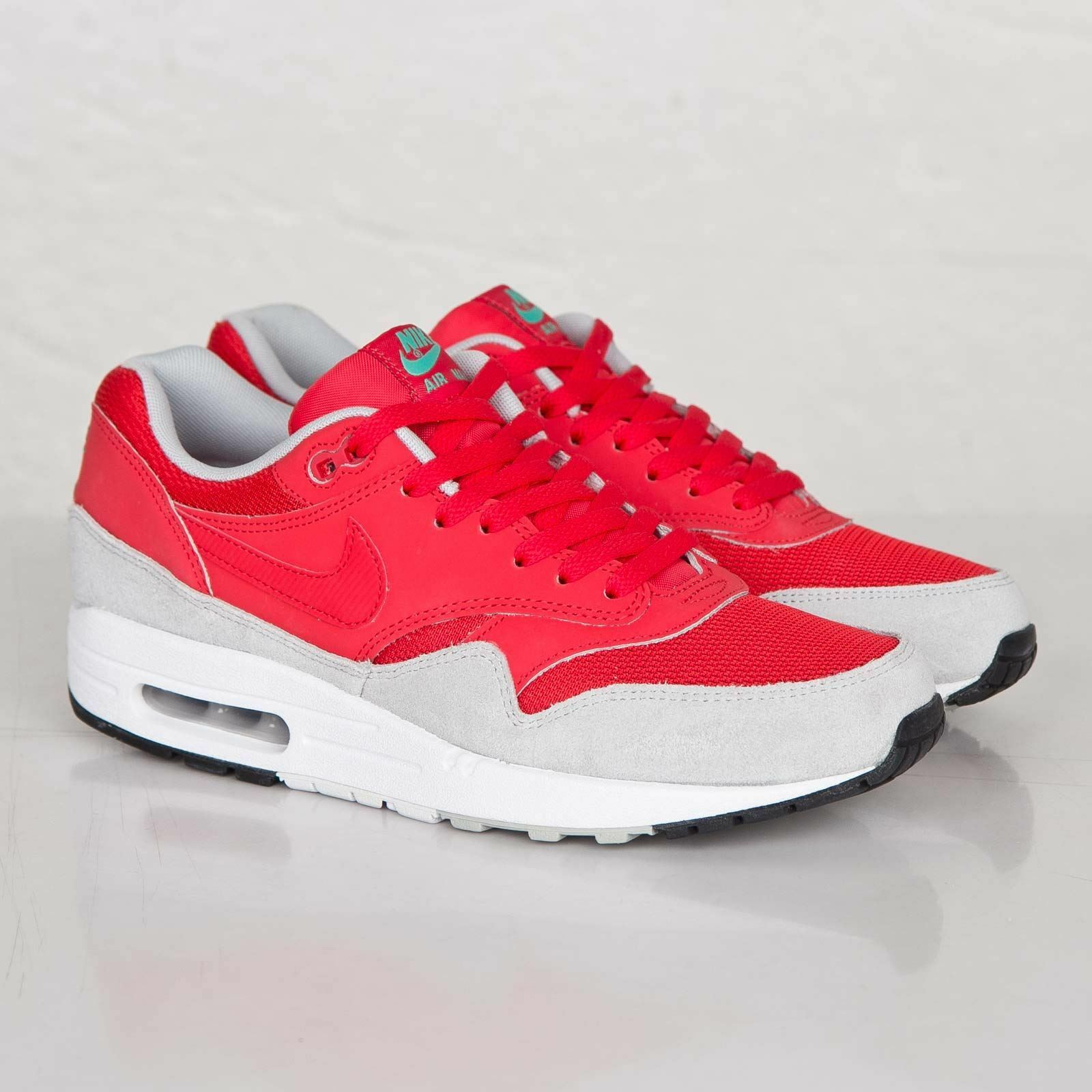 Nike Air Max 1 Essential Daring Red Trainers 537383 600