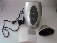 BROOKSTONE  SOMMELIER'S  WINE  CHILLER  silver