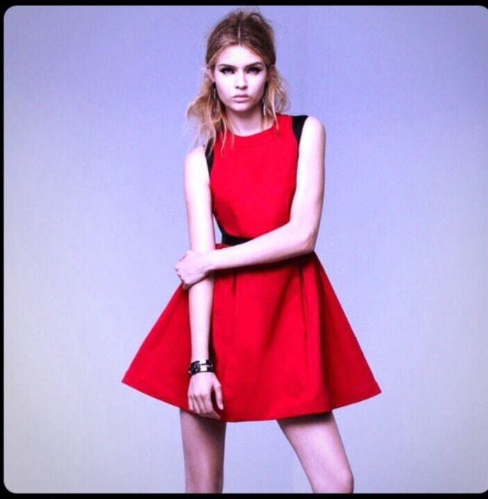 NWT Prabal Gurung For Target Apple rot schwarz dress Full Skirt Tulle Pockets 2 XS
