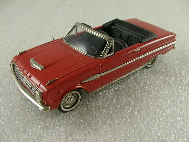 BROOKLIN MODELS - FORD FALCON FUTURE SPORTS CONgreenIBLE 1963 - NO AMR