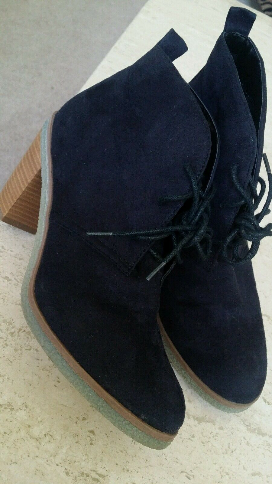 American Outfitters Ankle Boot Sz 8 Oogle Lace-Up Heel Faux Black Suede Trendy