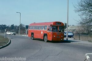 London-Transport-RF437-Queens-Road-March-1979-Bus-Photo