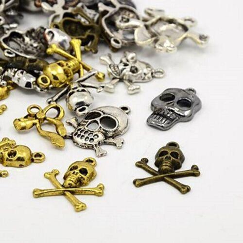 40g Aleación de Metal Mezclado Color Steampunk cráneos Encantos Colgantes G11