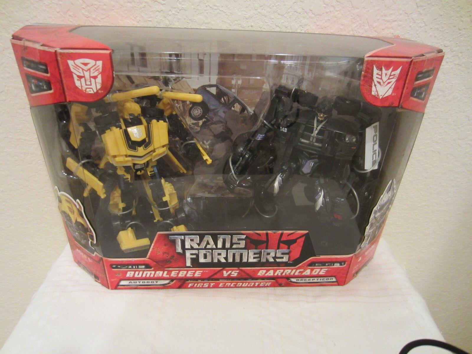 Transformers 2007 película primer encuentro Bumblebee Vs barricada Box Set Menta en Caja Sellada Nuevo