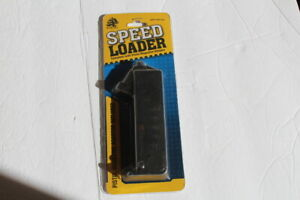 Air Soft Speed Loader with Pistol Magazine Adapter by UTG Sport