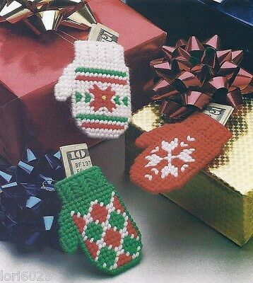 **CHRISTMAS GIFT MITTENS-ORNS OR PKG TIES-HOLDS MONEY**PLASTIC CANVAS PATTERN**