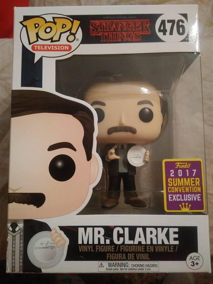 Funko Pop Exclusivos Mr Clark & Eleven with electrodes