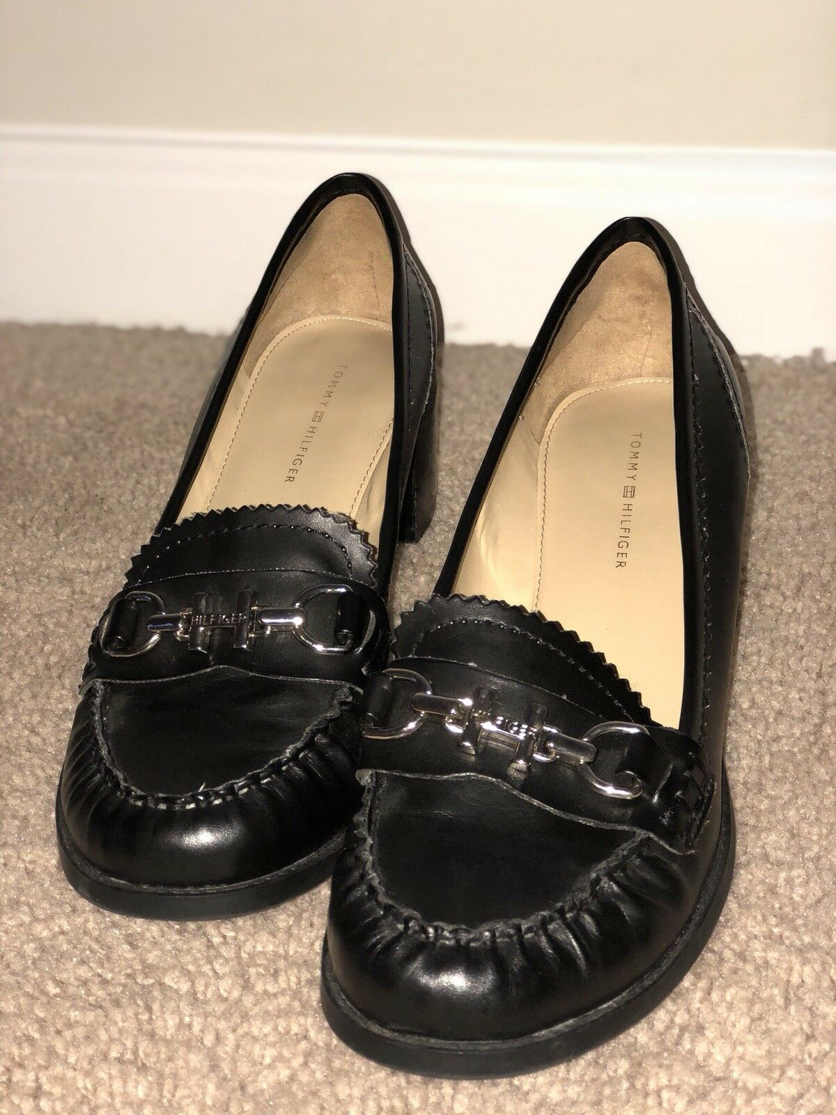 Women 7 Tommy Hilfiger loafers size 7 Women leather 2e75e2