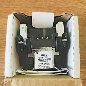 Honeywell R8222 B 1067 24 V General Purpose Relay with Spdt on