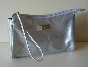 Elizabeth-Arden-Silver-Faux-Leather-Makeup-Cosmetics-Bag-Brand-NEW