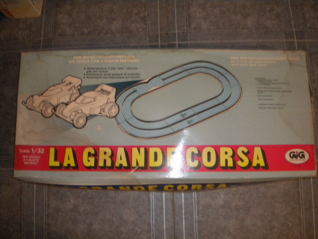 80'S GIGI RACE CAR TRACK 1 32 BATTERY OPERATED CARS HUGE MIB