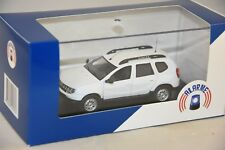Alarme 11 DACIA DUSTER blanc CRS / Secours en Montagne / Gendarmerie mobile 1/43