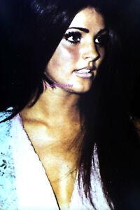 PRISCILLA-PRESLEY-GORGEOUS-LAS-VEGAS-HOTEL-AUGUST-1969-ELVIS-PHOTO-CANDID