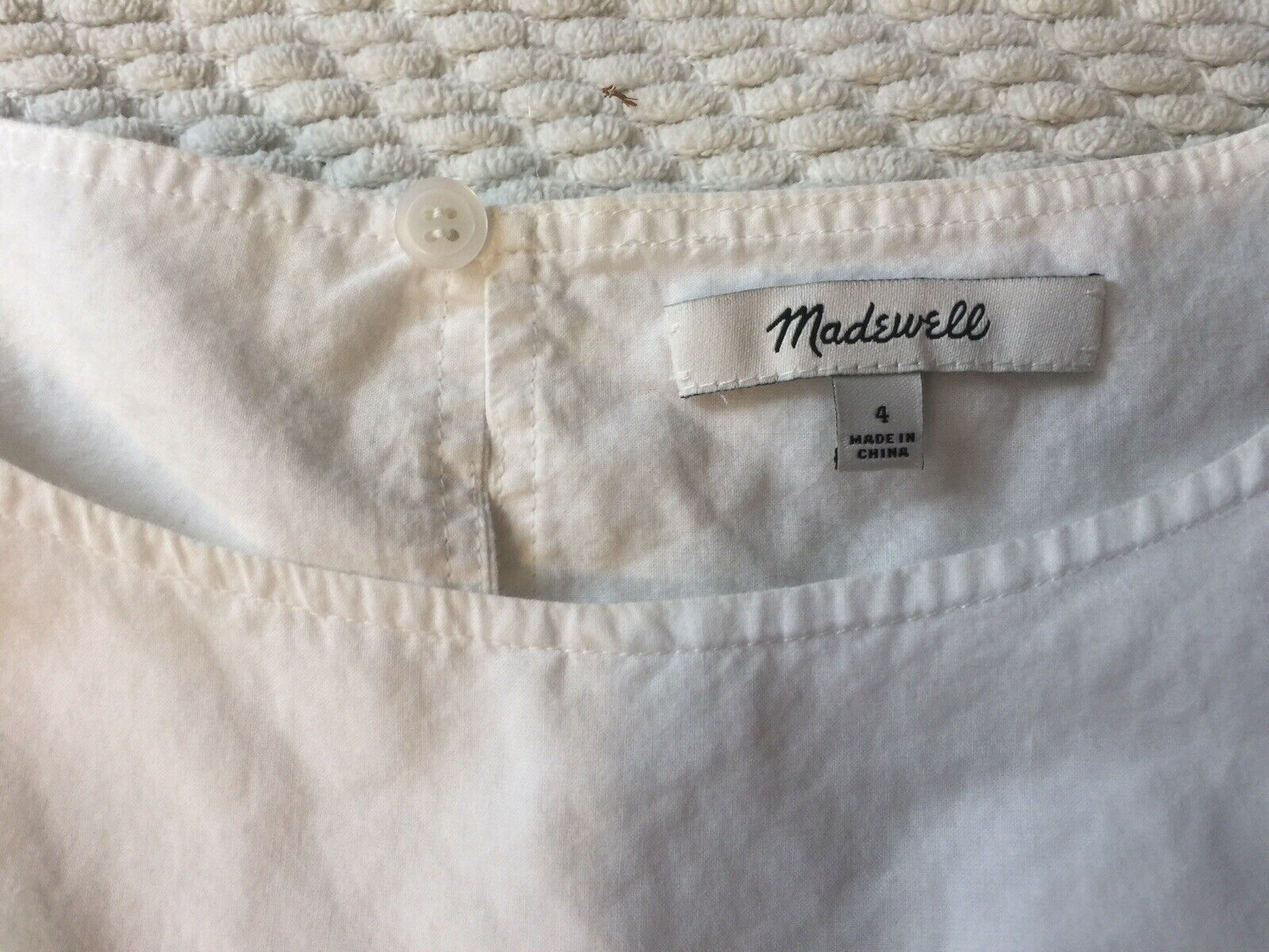 Madewell White Cotton Top Blue Eyelet Sleeves 4 - image 2