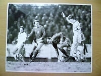 100% Org Press Photo-1981 WC 1/8-CZECHOSLOVAKIA v USSR,Oleg Blochin,R Vojacek