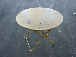 Détails sur Ref 759 Table de jardin ronde et pliante en fer Mobilier ancien