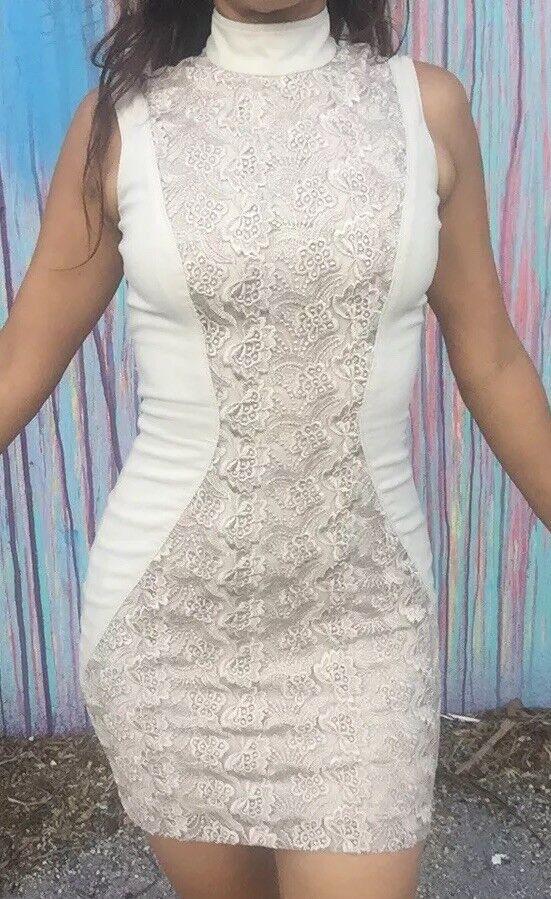 BEBE DRESS WITH LACE Stretch No Belt Open Back Sexy Ivory Größe 00