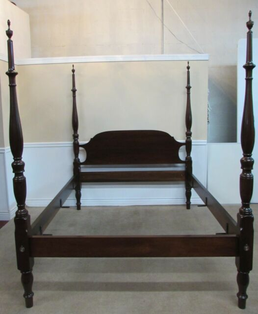 Kincaid Furniture Solid Pine Queen Size