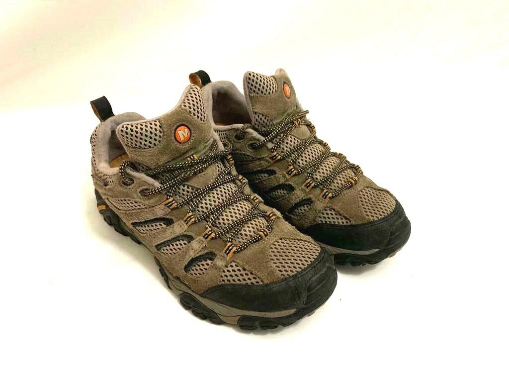Men's Merrell Continuum Vibram Size 8.5 Suede Rubber Sole Waterproof shoes