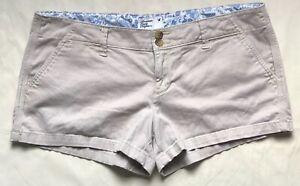 American-Eagle-Stretch-Khaki-Shorts-Size-10