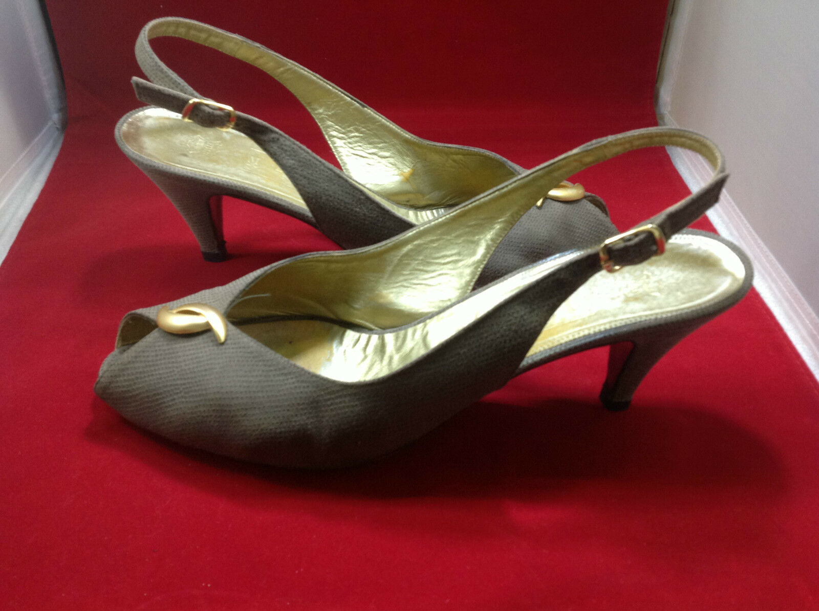 Bruno Magli Women's Women's Magli Heels 10.5B Leather Sole  Ex. Condition a4bf5a