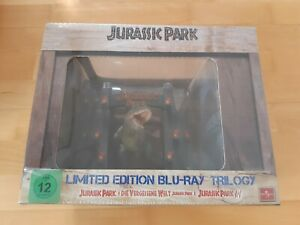 Jurassic-Park-Ultimate-Trilogy-inkl-T-Rex-Figur-OVP-NEU