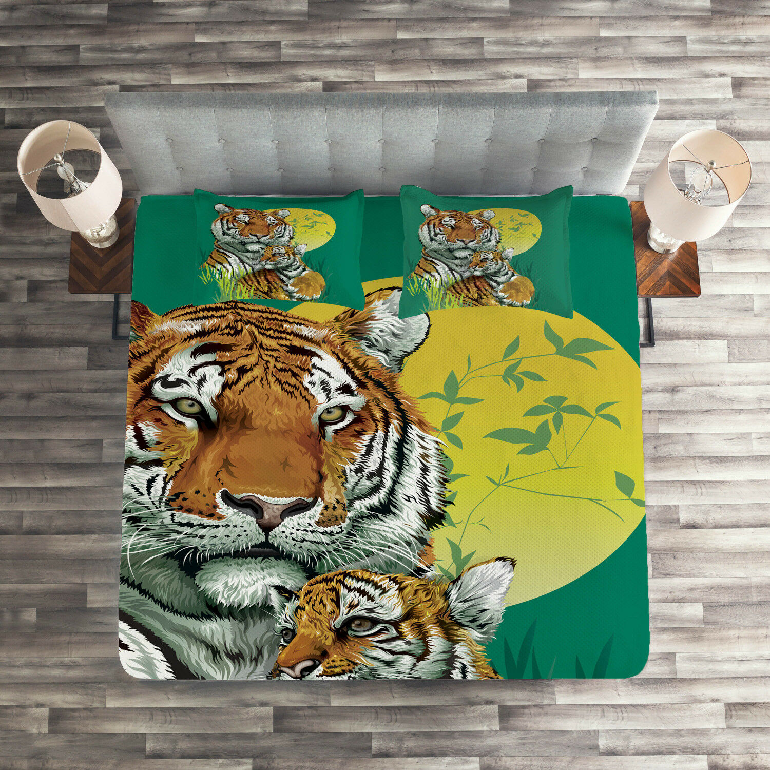 Safari Quilted Coverlet & Pillow Shams Set, Tiger Family in Jungle Print