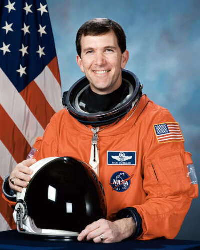 STS-107 COLUMBIA ASTRONAUT RICHARD HUSBAND 8X10 PHOTO