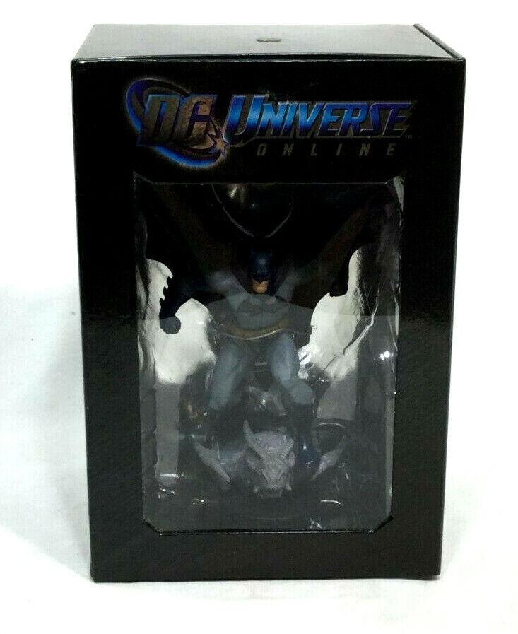 DC Comics Universe Online Batman Statue Figure Boxed New Mint FREESHIP