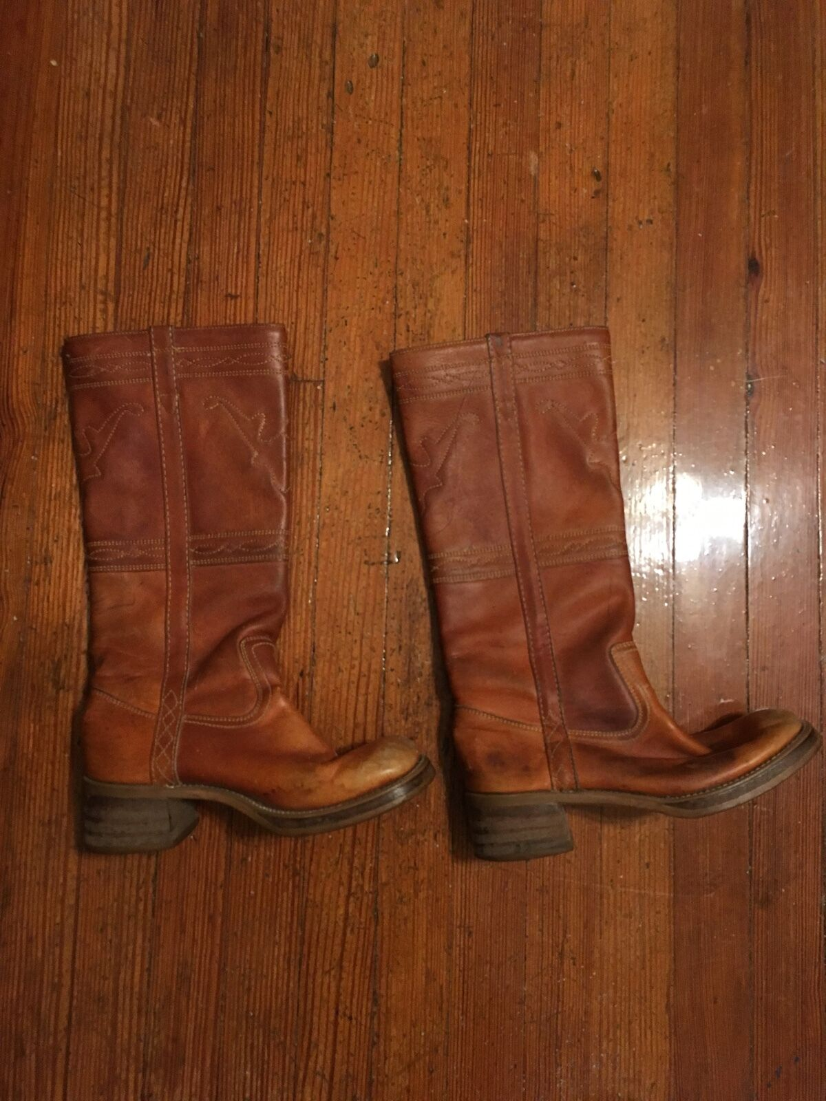vintage women's Frye boots size 71/2 M