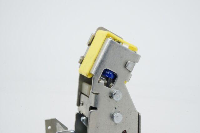 Janus 280003-0000 Mini Warehouse Storage Latch Zinc