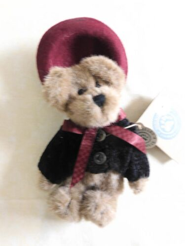 Boyds Bears Eloise Willoughby 918402 Small Plush Stuffed Animal Retired Red Hat