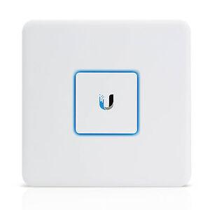 NEW Ubiquiti USG Unifi Security Gateway Router with Gigabit Ethernet
