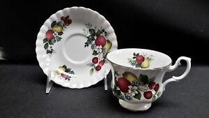 Royal-Albert-England-Pear-Apple-Cherries-Berries-Fruit-Design-Cup-amp-Saucer