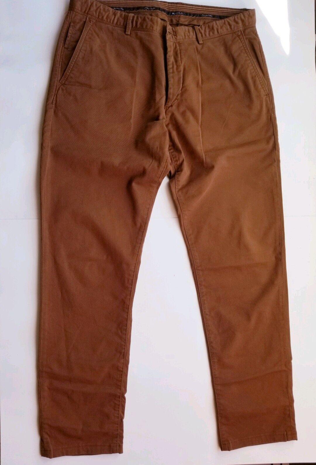 Massimo Dutti Men Slim Fit Red Clay Khaki Pants    size 32.