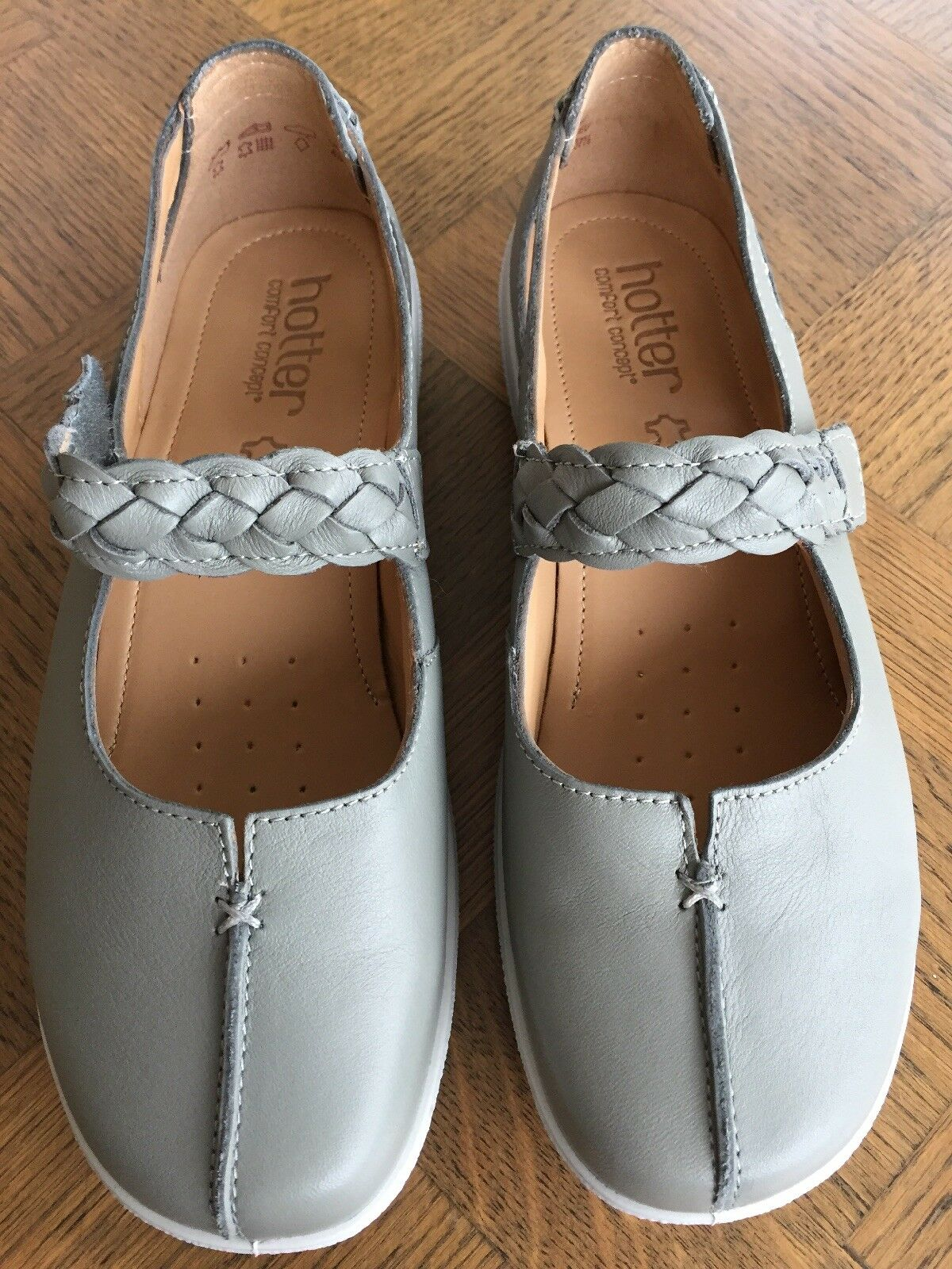 Brand New Hotter Shake chaussures gris (duck Egg) Taille 4.5 EEE Extra Wide