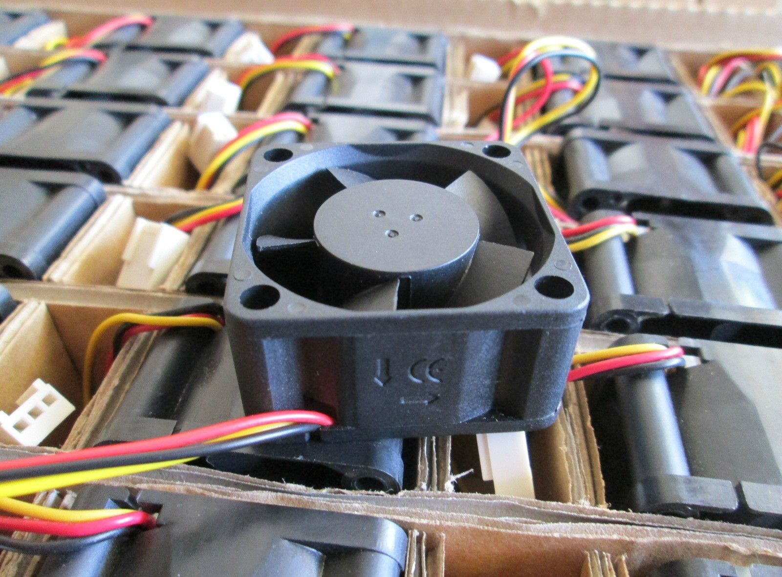 Set of 3x New Original fans for Cisco Linksys SRW2048 Switch