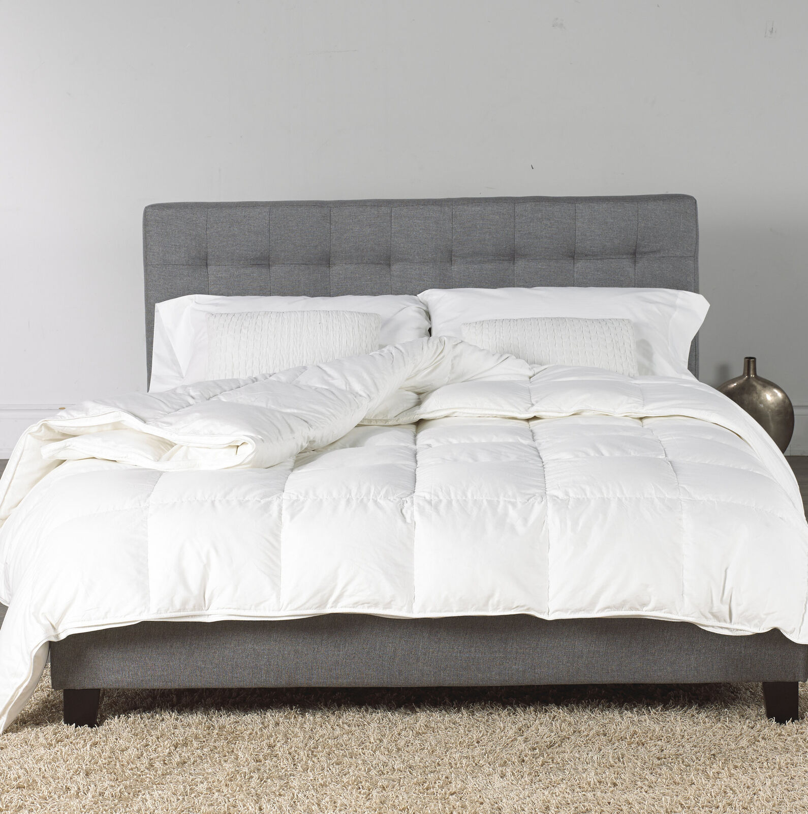Alwyn Home Gorman Microgel All Season Down Alternative Comforter